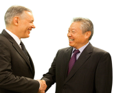 Gary Dickerson, President and CEO of Applied Materials, and Tetsuro Higashi, Chairman, President and CEO of Tokyo Electron, together in Tokyo, Japan for the announcement.